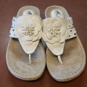 White mountain cliff sandals